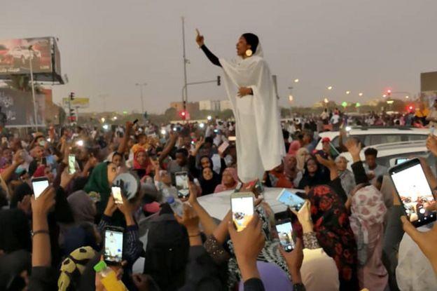 Alaa Salah in Khartoum, 8 April