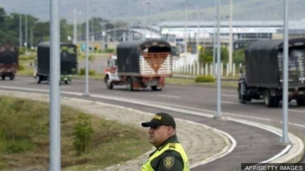 Biến động chính trị ở Venezuela _105568003_c89f5a2a-f53d-42b7-9b77-f3983f79c0eb