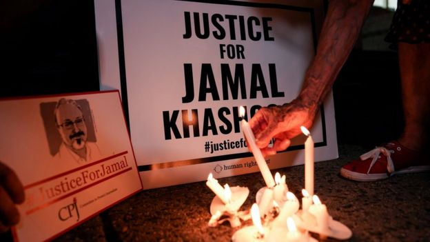 Candle-lit vigil for Jamal Khashoggi near the Saudi embassy in Washington (2 October 2019)