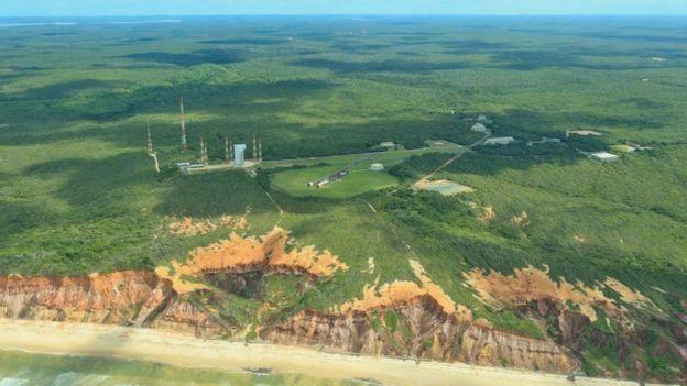 Vista aérea da Base Espacial de Alcântara no Maranhão