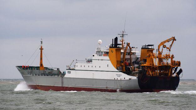 The Frank Bonefaas ship leaving Port of IJmuiden