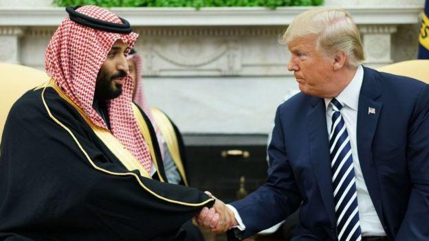 Mohamed Bin Salman, príncipe heredero de Arabia Saudita, junto a Donald Trump.