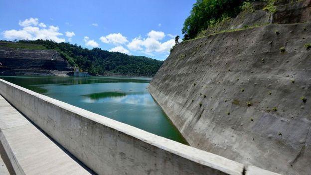 Represa inaugurada en Costa Rica en 2016.