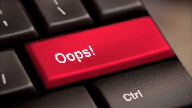 دلیل موفقیت بسیاری از حملات سایبری این است که ما روی لینکی کلیک میکنیم که نباید