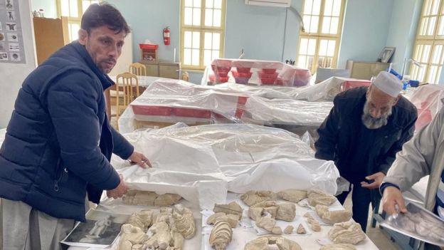 طی ۴۰ سال گذشته، کارکنان موزه بارها آثار باستانی موزه را پنهان کردند تا از نابودی در امان بمانند