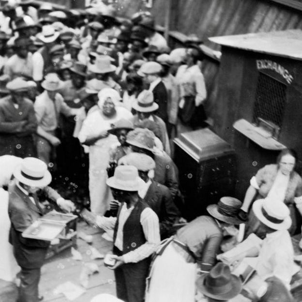 Imagen aérea del Wall Street negro en Tulsa, Oklahoma, en 1921