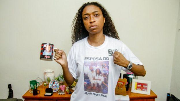 Andrea Rios exigiendo justicia.