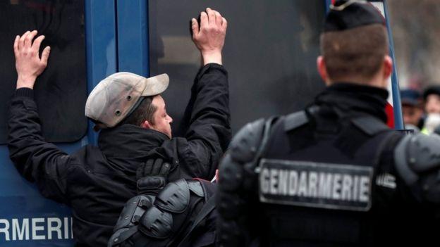 اعتراضهای فرانسه؛ هزاران نفر در پاریس دست به تظاهرات زدند