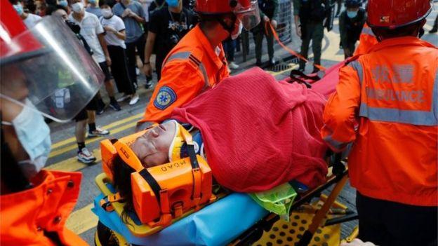有人受伤送院。