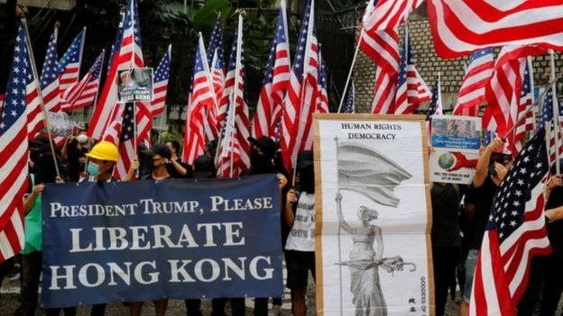 Thông điệp của người biểu tình gửi thẳng tới Tổng thống Hoa Kỳ
