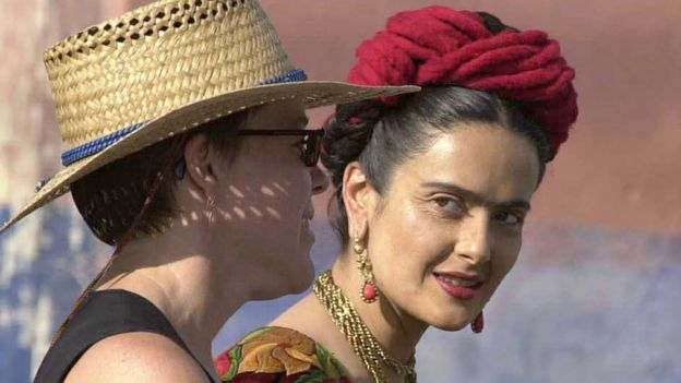 Salma Hayek interpreta Frida Kalho