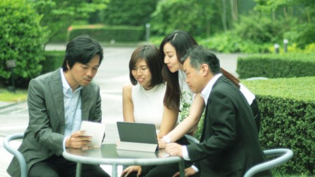 Японский босс имеет сотрудницу фото 295-381
