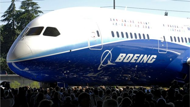 The all-new Boeing [787 Dreamliner making its world debut. 8 July, 2007.