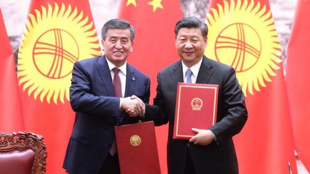 """热恩别科夫去年访华期间与习近平签署文件,将两国关系提升为""""全面战略伙伴""""。"""