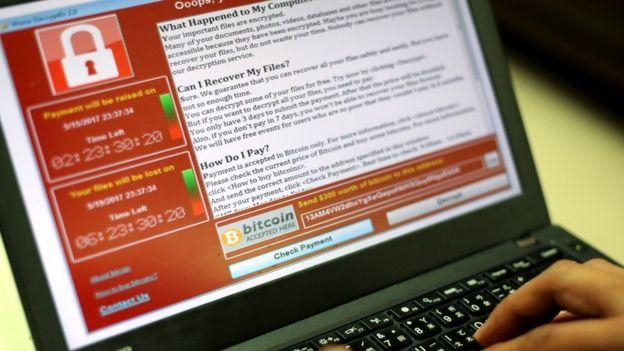 """""""بایننس"""" یکی از بزرگترین صرافیهای بینالمللی ارز دیجیتال از کاربران ایرانی خود خواسته پول خود را از حسابهای کاربری خارج کنند چون این شرکت از قوانین مرتبط با تحریمهای آمریکا پیروی میکند"""