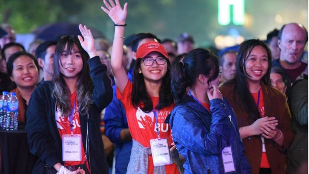Nhiều học sinh và sinh viên Việt Nam đã và đang du học tại các nước thuộc EU.