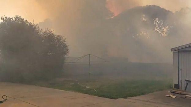 دود آتش سوزی در آدلاید