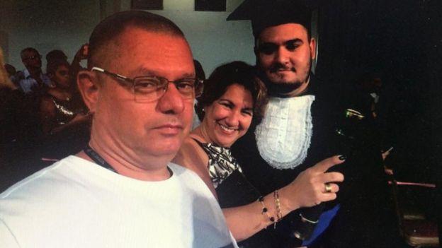 Gabriel e os pais