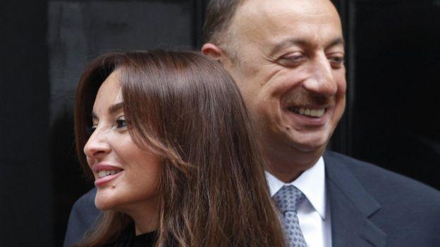 Транзит власти от Ильхама к Мехрибан Алиевой будет нелегким