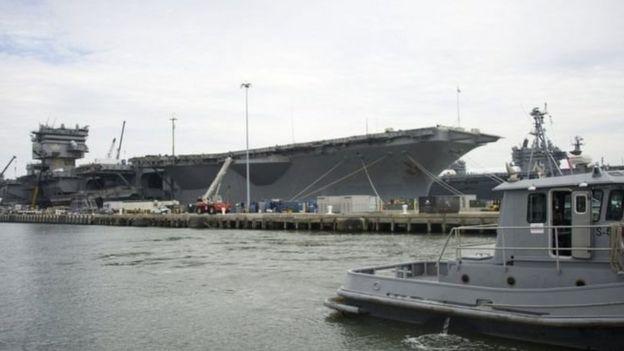 弗吉尼亚的诺福克海军基地。