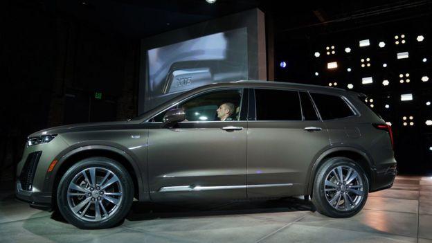 Новий Cadillac XT6