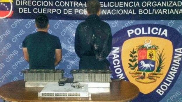 Mineros detenidos por la policía en Carabobo