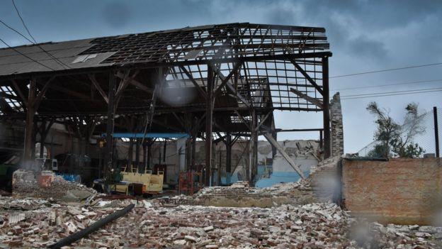 Edificación destruida en Caibarién.