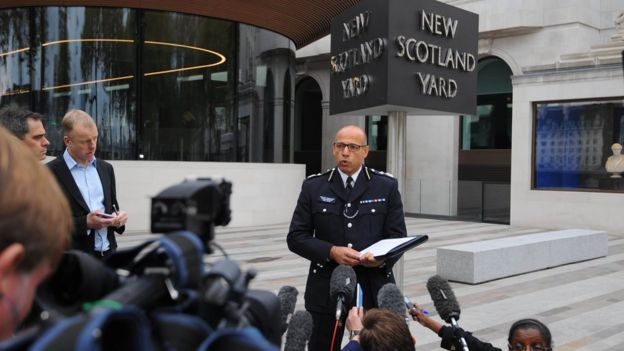 Deputy assistant commissioner Neil Basu addresses reporters outside of New Scotland Yard