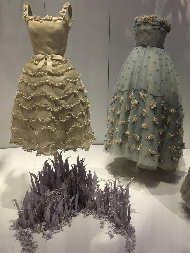 сукні на виставці