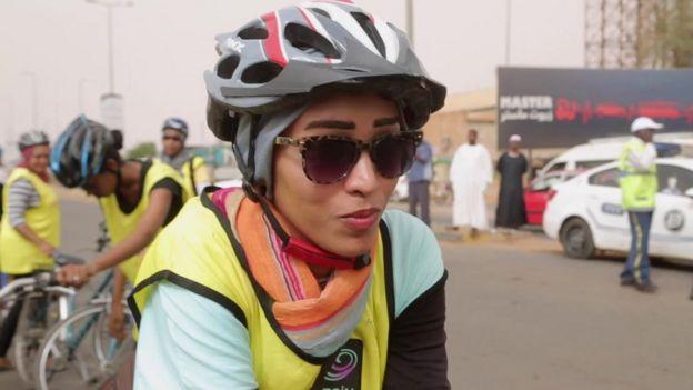 Les femmes cyclistes ont dû faire face à de la résistance
