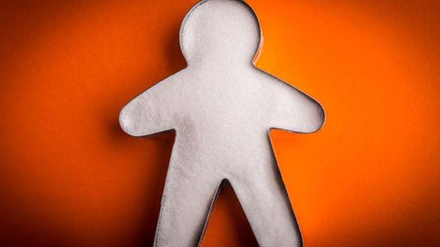 Cortador de galletas con forma de niño, llena de azúcar
