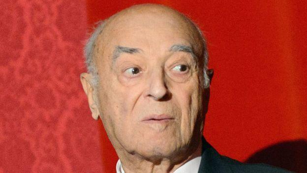 Mayın 6-da 95 yaşı tamam olan Vladimir Etuş dünyada səhnəyə çıxmağa davam edən ən yaşlı aktyordur
