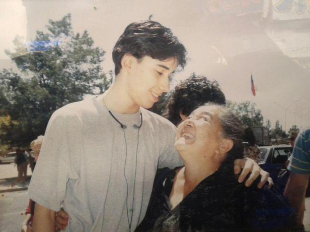Luis Recabarren com a avó Ana González