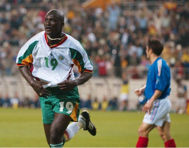 Diop anotó el gol con el que Senegal superó a Francia en el partido inaugual de 2002.