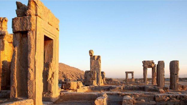 بفضل مياه القنوات القديمة باتت مدينة برسيبوليس حاضرة إمبراطورية عظيمة إبان الأسرة الأخمينية