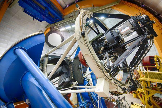 DECam montada en el telescopio Víctor Blanco