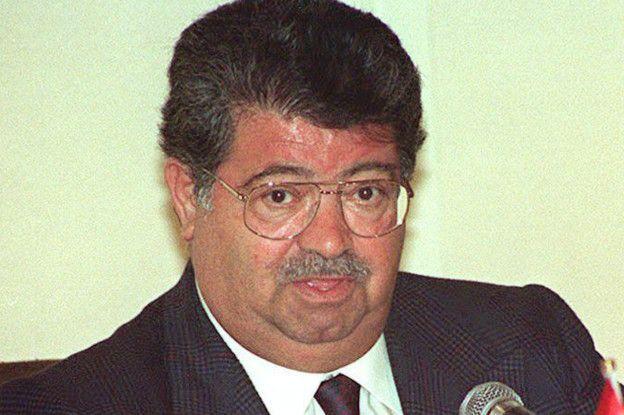 Turgut Özal, Başbakanlığı döneminde Hora Krizi'ni Davos Zirvesi'nde Yunan mevkidaşı Andreas Papandreu ile görüşerek çözmüştü.