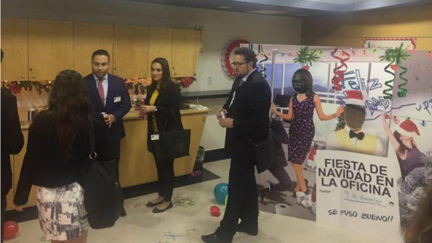 Fiesta en una oficina (Foto: cortesía de Mundo Godínez)
