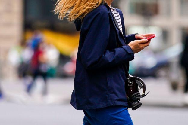 парижанка в синем, июль 2020