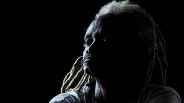 Mestre de capoeira, compositor e dançarino baiano Romualdo Rosário da Costa, conhecido como Moa do Katendê, em sua foto de perfil no Facebook
