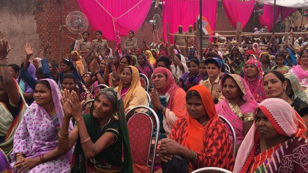 Supporters of Priyanka Gandhi