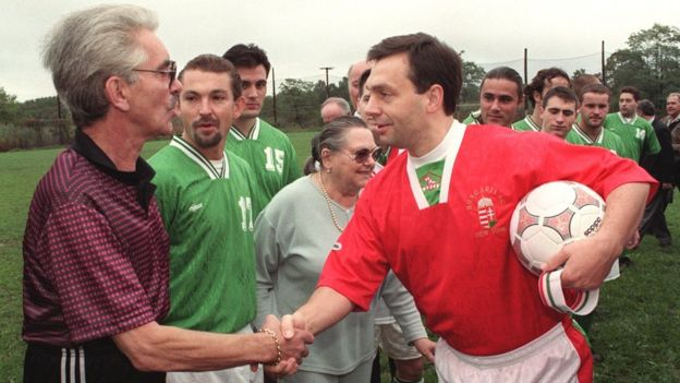 Orbán en 1998