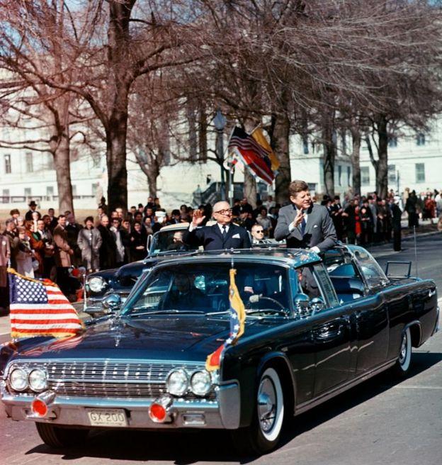 Betancourt e Kennedy em 1963