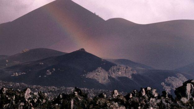 Ascensión es una isla de origen volcánico