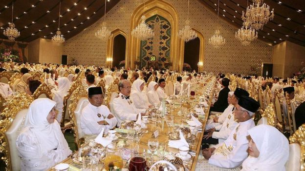 It is estimated that the construction of the luxurious presidential palace of Brunei cost about US $ 1,400 million.
