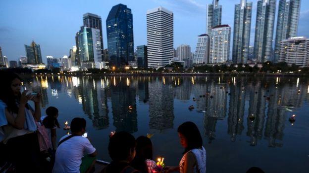 Loy Krathong festival in Bangkok, 25 Nov