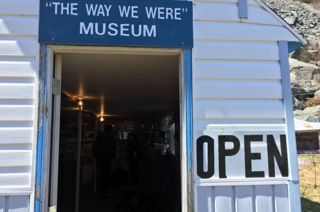 Ingreso al museo de Tilt Cove