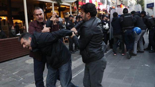 Ekim 2017'deki Semih Özakça-Nuriye Gülmen protestosundan