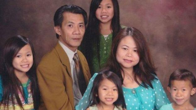 Ông Michael Phương Minh sinh sống cùng gia đình ở Quận Cam, California, Hoa Kỳ