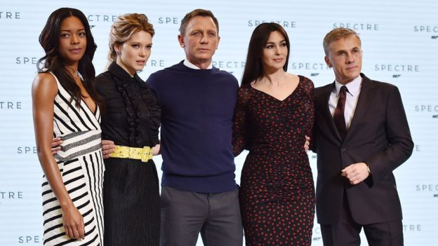 619abf3d53 Daniel Craig with co-stars Naomie Harris, Lea Seydoux, Monica Bellucci and  Christoph